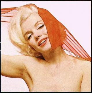 Marilyn Monroe [400x401] [36.2 kb]