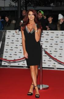 Amy Childs [784x1200] [155.43 kb]