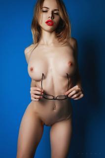 Alexandra Smelova [1334x2000] [448.96 kb]