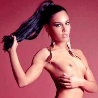 Apolonia Lapiedra in Playboy Nude [400x400] [29.76 kb]