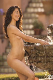 Raquel Pomplun en Playboy [720x1080] [154.56 kb]