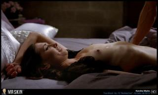 Karolina Wydra en True Blood Desnuda [1299x780] [85.18 kb]