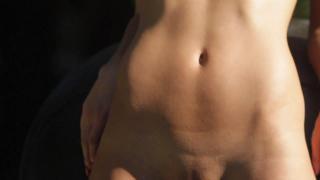 Amanda Pizziconi Desnuda [1280x720] [33.66 kb]