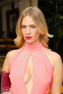 January Jones [740x1110] [127.88 kb]