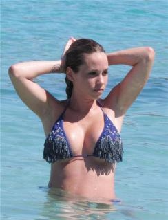 Raquel Mauri en Bikini [930x1215] [149.69 kb]