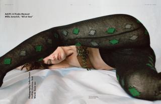 Milla Jovovich en Pop Magazine [2300x1500] [1004.27 kb]