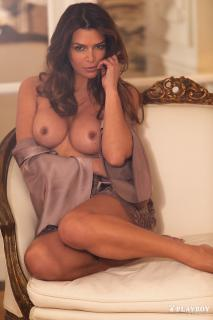 Sabia Boulahrouz en Playboy Desnuda [1667x2500] [795.06 kb]