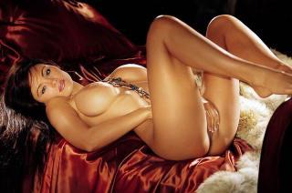 Aliya Wolf en Playboy [800x530] [69.53 kb]