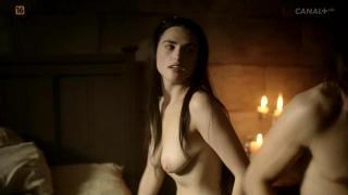 Katie McGrath en Labyrinth Desnuda [1280x720] [49.68 kb]
