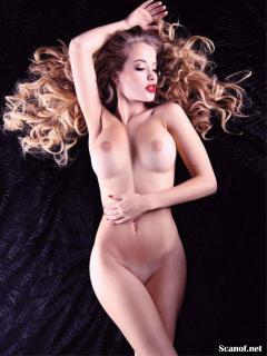 Raquel Jacob en Playboy Desnuda [1794x2389] [480.17 kb]