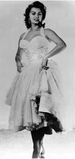 Sophia Loren [205x432] [9.32 kb]
