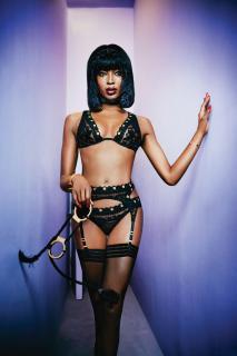 Naomi Campbell [1200x1799] [253.66 kb]
