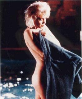 Marilyn Monroe [483x584] [31.36 kb]