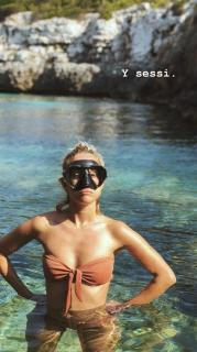 Silvia Alonso en Bikini [810x1440] [215.79 kb]
