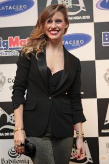 Manuela Vellés [980x1470] [133.4 kb]