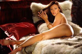 Aliya Wolf en Playboy [800x530] [79.97 kb]