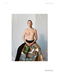 Milla Jovovich en Pop Magazine Desnuda [1149x1500] [169.46 kb]