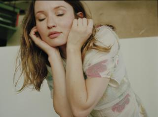 Emily Browning [1400x1036] [259.48 kb]
