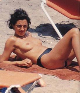 Mónica Molina [394x459] [34.13 kb]