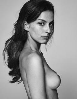Alicia Medina Desnuda [850x1100] [141.25 kb]