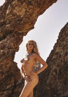 Sarah Knappik en Playboy Desnuda [539x767] [109.5 kb]