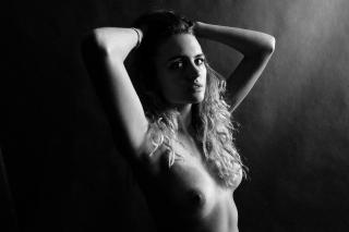 Madison Riley Desnuda [1500x1000] [314.79 kb]