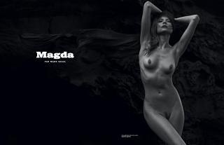 Magdalena Frackowiak [2223x1440] [158.49 kb]