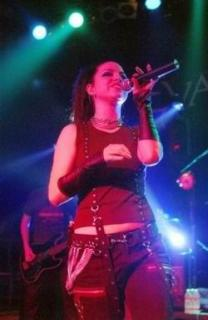 Amy Lee [250x383] [15.91 kb]