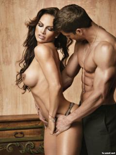 Fabiola Campomanes en Playboy Desnuda [1142x1527] [218.88 kb]