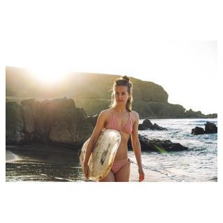 Alba Ribas en Bikini [1080x1080] [124.27 kb]