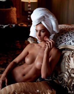 Rachel Cook in Playboy Nude [1732x2215] [450.34 kb]