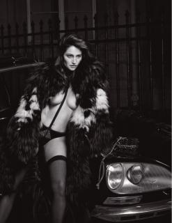 Marie Gillain in Lui Magazine Nude [928x1200] [144.95 kb]