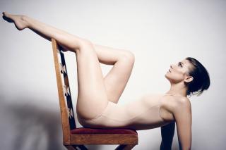 Lauren Cohan [2400x1602] [470 kb]