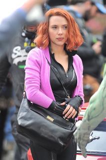 Scarlett Johansson [1600x2400] [697.75 kb]