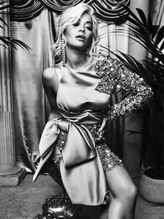 Rita Ora en Glamour [3431x4591] [2668.46 kb]