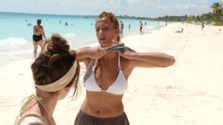 Corina Randazzo en Viajeras Con B Bikini [1600x900] [141.27 kb]