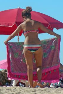 Inma Cuesta en Bikini [1024x1536] [382.08 kb]