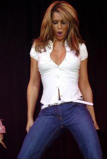 Cheryl Cole [800x1182] [104.04 kb]
