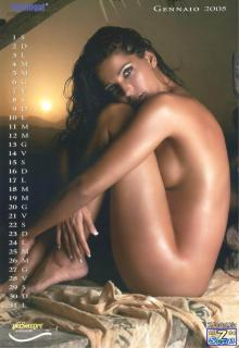 Alessia Merz in Calendario 2005 Nude [850x1231] [105.48 kb]