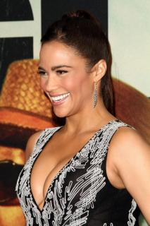 Paula Patton [800x1199] [117.3 kb]