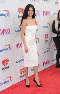 Selena Gomez [1034x1600] [236.74 kb]