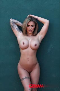 Gemma Massey [2000x3000] [619.09 kb]