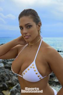Ashley Graham en Si Swimsuit 2017 [1280x1920] [216.29 kb]