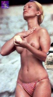 Silvia Tortosa [330x600] [30.29 kb]