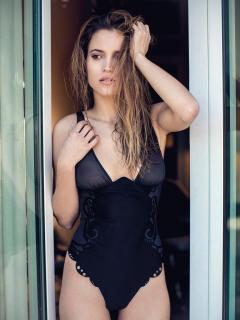 Ana Fernández García en Vis-a-vis [768x1024] [156.89 kb]