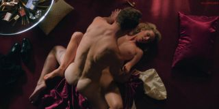 Video Betty Gilpin Nude, Sex Scene - Glow S03E04