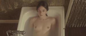 Video Marta Gastini Desnuda En Autumn Lights (2016)