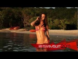 Video Hilary Rhoda Si Swimsuit 2011 In Peter Island