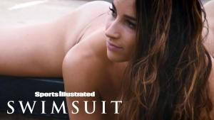 Video Aly Raisman Y Simone Biles Si Swimsuit 2017