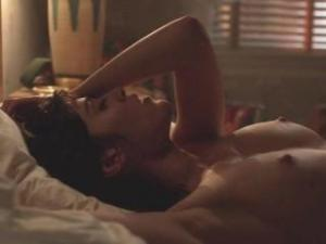 Video Lizzy Caplan Naked Loop 1